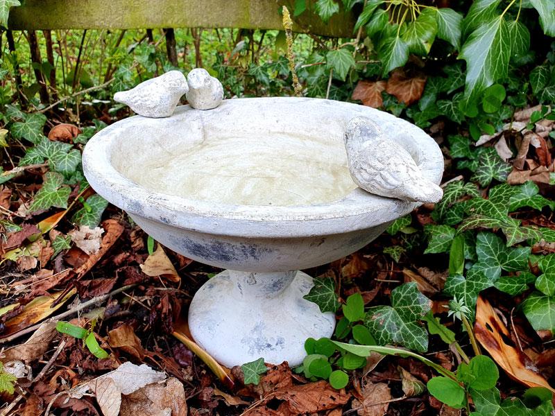 Großes Keramik Vogelbad 2,7l Vogeltränke Steingut