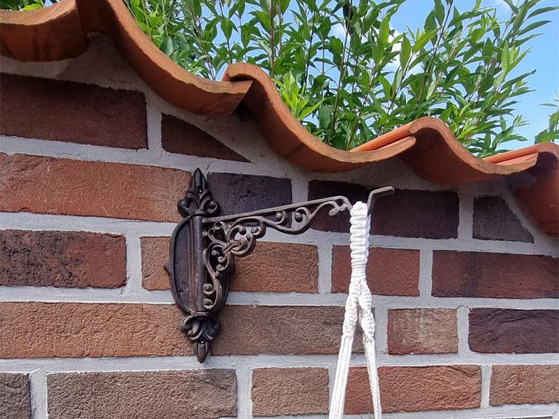 Wandhalterung 26cm mit Schwenkhaken für Blumenampeln Gusseisen