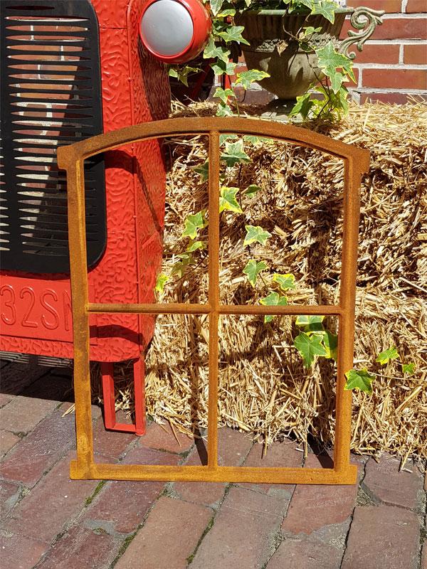 rostiges Fenster Garten