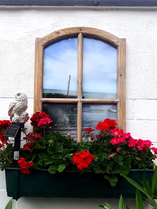Deko Fenster braun