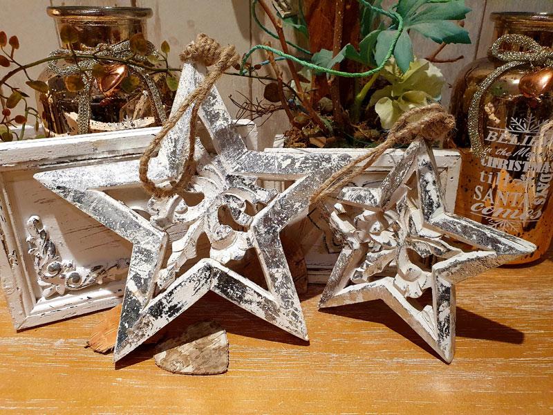 Bezaubernde Deko-Sterne am Juteband in 2 Größen